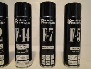 Odmašťovač kovů Chester F7 - 500 ml. sprej